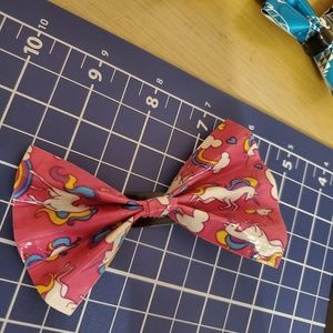 Unicorn duct tape bow
